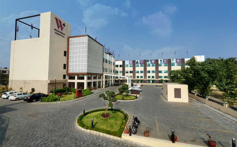 W Pratiksha-Hospital in gurgaon